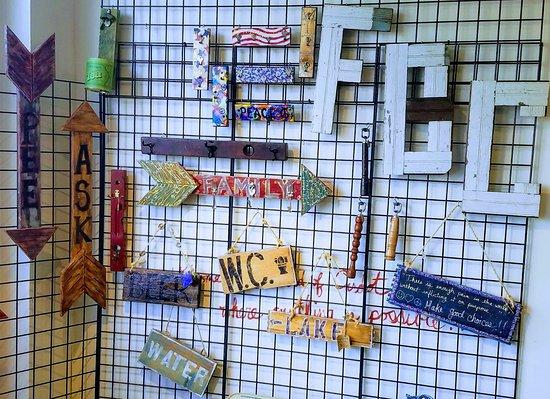 Pittsfield, MA: Wall of Smalls!