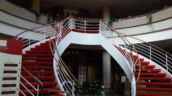 Leonardo Hotel Weimar: Aufgang zur 1. Etage
