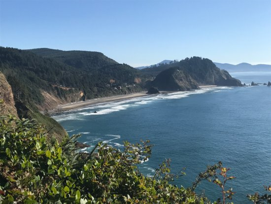 Tillamook, Oregon: View from the cliff side path