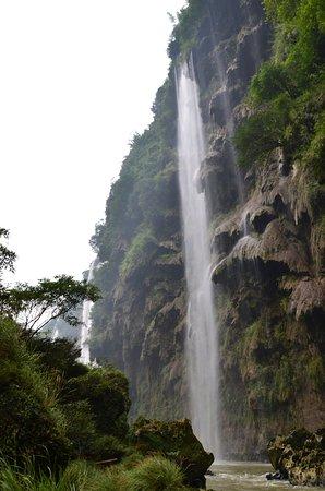 Xingyi, China: Gargantas del Rio Malin