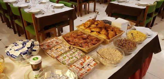 Sant Julia de Loria, Andorra: Petit déjeuner