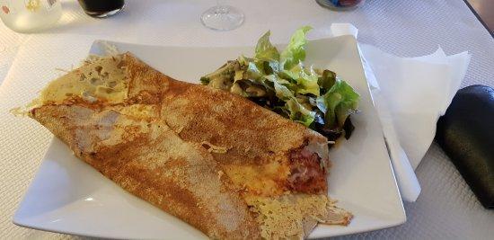 Auterive, France: Crêpe classique