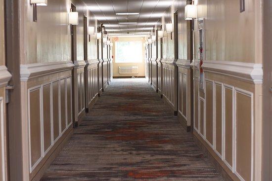 Quality Inn - East Stroudsburg POCONOS: Hallway