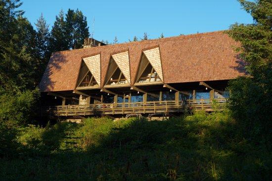 Gustavus, AK: Lodge