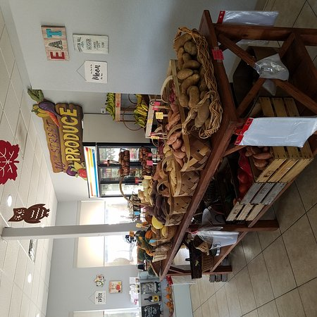 Saint Cloud, FL: 10th Street Produce has just moved to their new location in St. Cloud Fl. 920 New York Ave. They