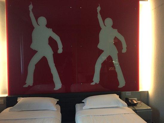 Hotel Re!: photo2.jpg