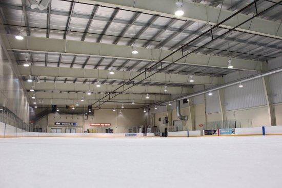 Oshawa, Kanada: Tribute Communities Centre's Rink 2