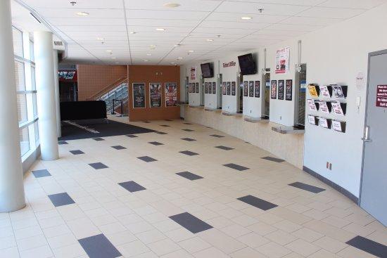 Oshawa, Canada: Tribute Communities Centre Ticket Office