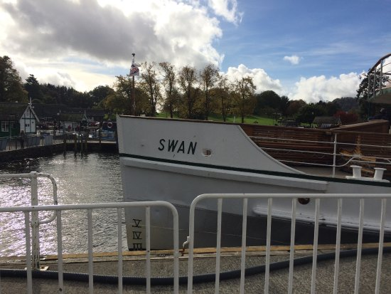 Bowness-on-Windermere, UK: Front of the ' Swan'