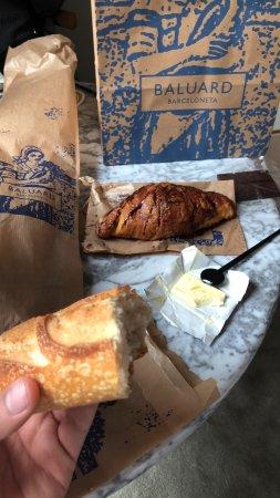 Baluard: White flour baguette