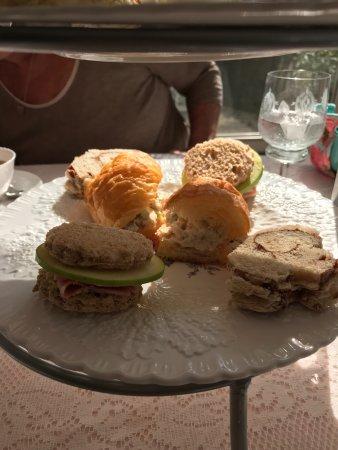 Waynesville, OH : Assorted tea sandwiches