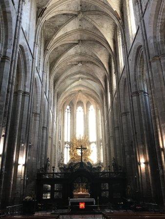 Saint-Maximin-la-Sainte-Baume, Francia: photo1.jpg