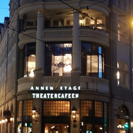 theatercafeen and hotel continental facade bild fr n theatercafeen oslo tripadvisor. Black Bedroom Furniture Sets. Home Design Ideas