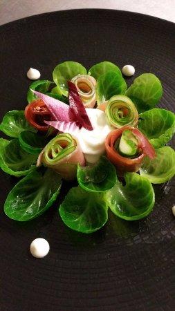L'Escapade: Salade de choux de Bruxelles