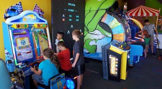 Warner Robins, GA: Arcade area