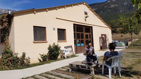 La Cabezonada, Spain: Outdoor tasting