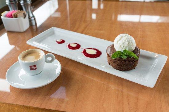 Бивертон, Орегон: Chocolate Mousse Cake