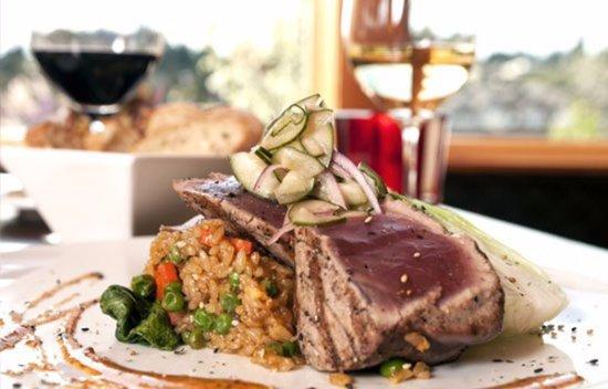 เลกออสวีโก, ออริกอน: Grilled Ahi Tuna