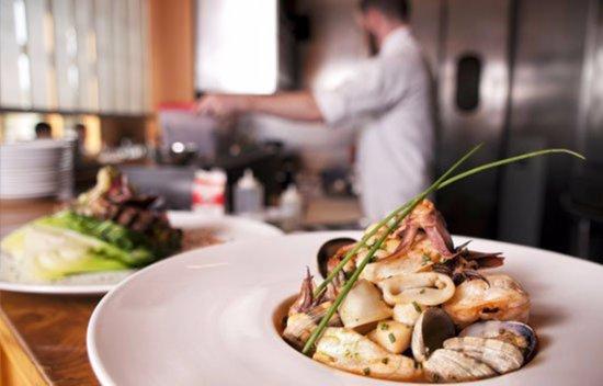 เลกออสวีโก, ออริกอน: Spicy Seafood Stew