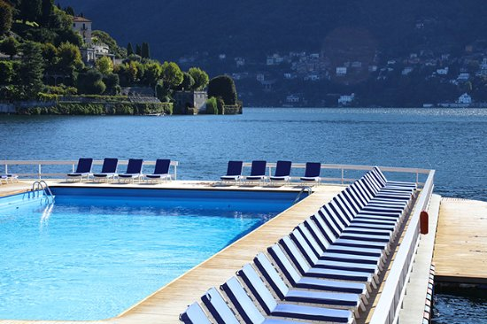 Villa d'Este: Pool and Lake Como