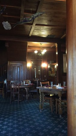 The Pub at Shelburne Hotel Image