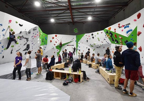 Beyond Bouldering Climbing & Fitness