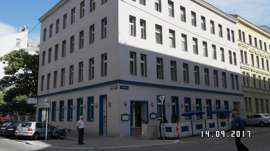 Hotels Near Schonbrunn Palace Vienna