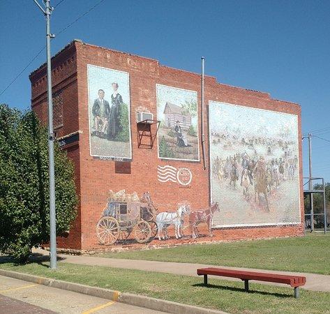 Davenport, OK: 32 Foot Historical Mural