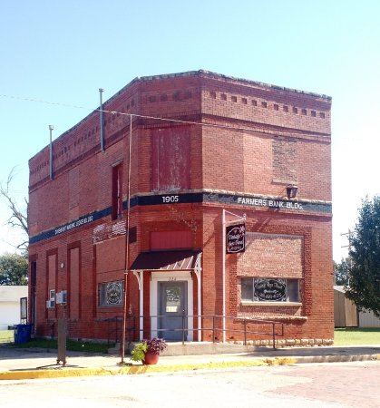 Davenport, OK: 1905 Farmers Bank Building