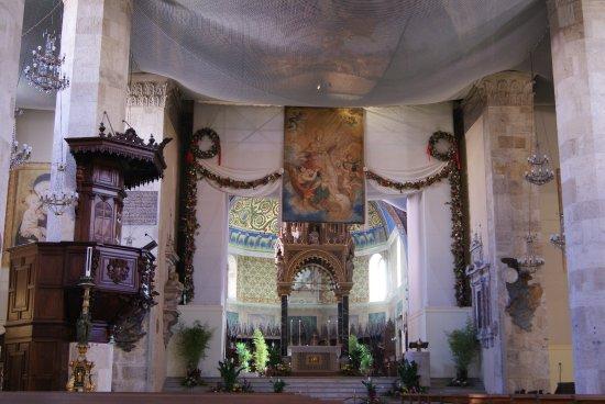 Cattedrale di Sant'Emidio : Interno