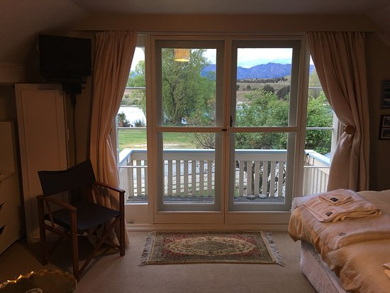 Riversong Bed & Breakfast: photo5.jpg