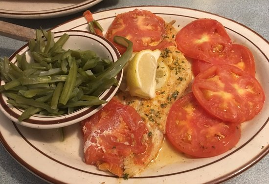 Amherst, NY: Broiled fish fry was delicious I opted for a healthier way with tomatoes & green beans so delici