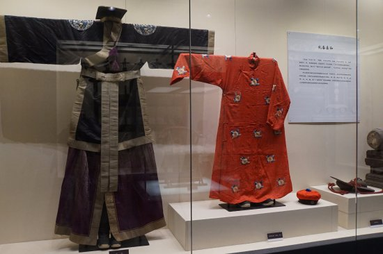 Hall of Prayer for Good Harvest: Traditional clothing inside the Temple museum