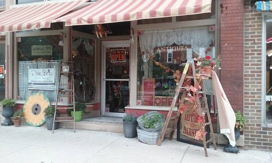 Grandma Nell's ~ Fine Junk & Treasured Trash