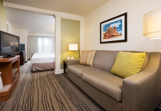 Saint Louis Park, มินนิโซตา: Queen/Queen Suite Living Area