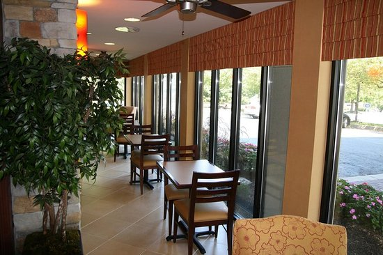Hampton Inn Reading/Wyomissing: Dining Area