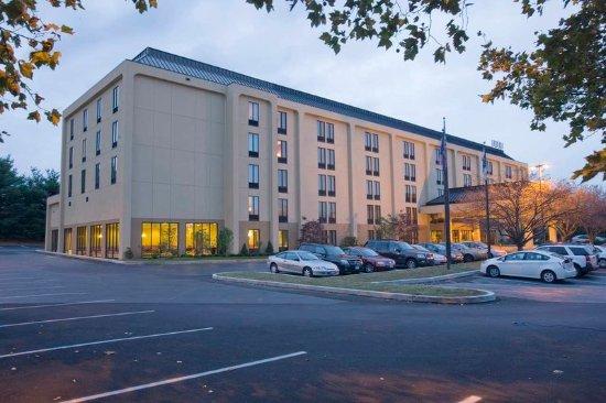 Wyomissing, Пенсильвания: Hotel Exterior