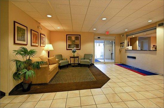 Pearl, MS: Hotel Lobby