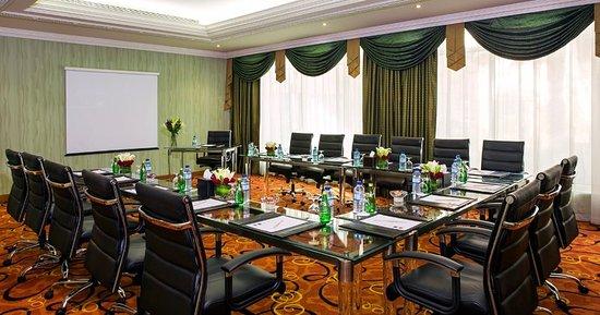 Al Raha Beach Hotel: Meeting Room