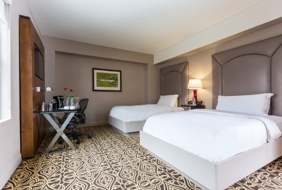 The Sam Houston, Curio Collection by Hilton : Double Double Room