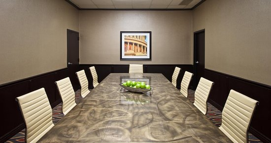 Herndon, VA: Remington Conference Room