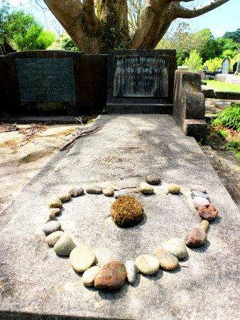 New Plymouth, Selandia Baru: Heart stones