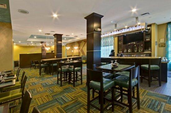 Christiansburg, VA: Bar and Lounge