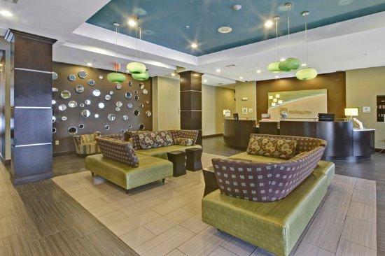 Christiansburg, VA: Hotel Lobby Lounge