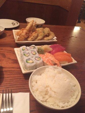 Inakaya Japanese Restaurant: photo2.jpg
