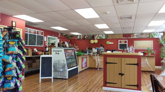 Granby, CT: Interior of the Sweet Beet