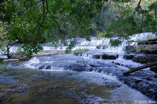 Burgess Falls State Park: little falls...