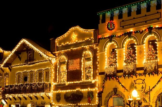 Leavenworth Christmas Tour from...