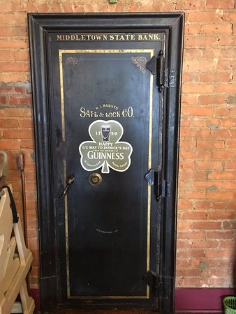 Middletown, VA: old bank door