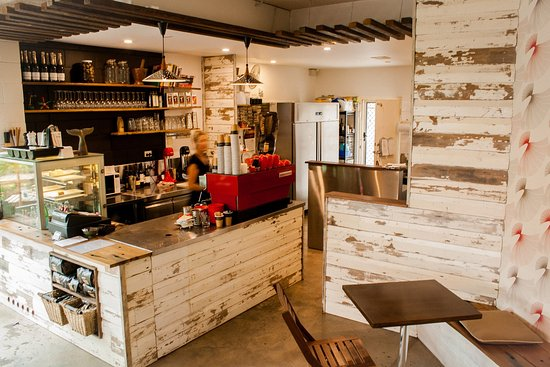 Iluka, Австралия: inside cafe